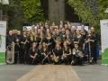 groepsfoto zwart met banner